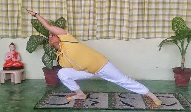 Hatha Yoga Uthita Parsvakonasana Benefits