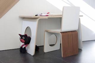 escriptori i cadira disseny per nens