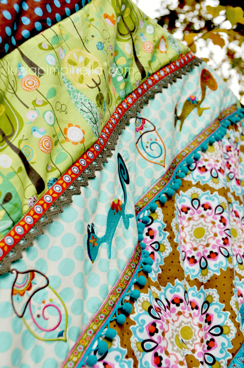 "luzia pimpinella BLOG | DIY | bunte genähte patchwork decke mit ""lilu chipmunk"" stickmotiven 