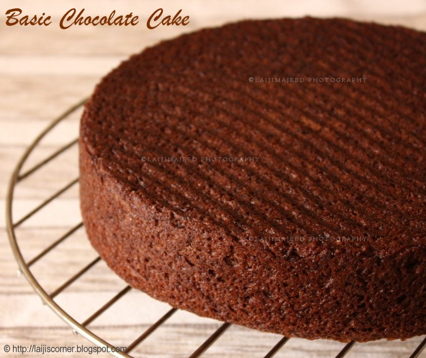 Laiji's Creative Corner: Basic Chocolate Cake