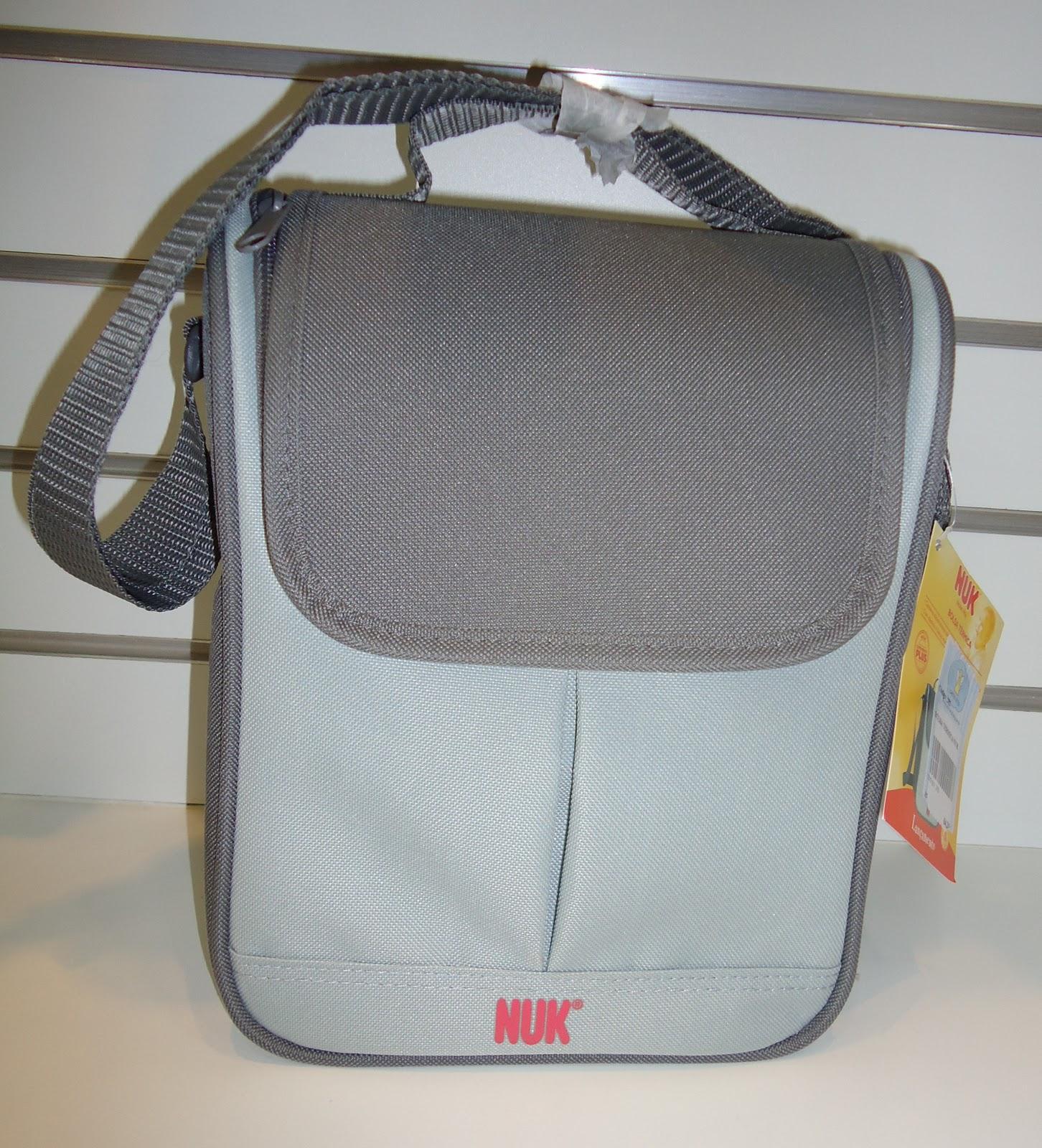 Essa bolsa térmica da Nuk é um item indispensável para as mamães  #7D664E 1452x1600 Banheira Inflavel Banheiro