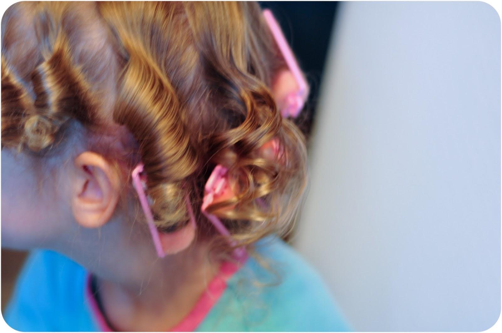 The Ultimate Diy Tutorial For Rag Curls Offbeat Bride Diagram 4 5 6 Academy Elftone