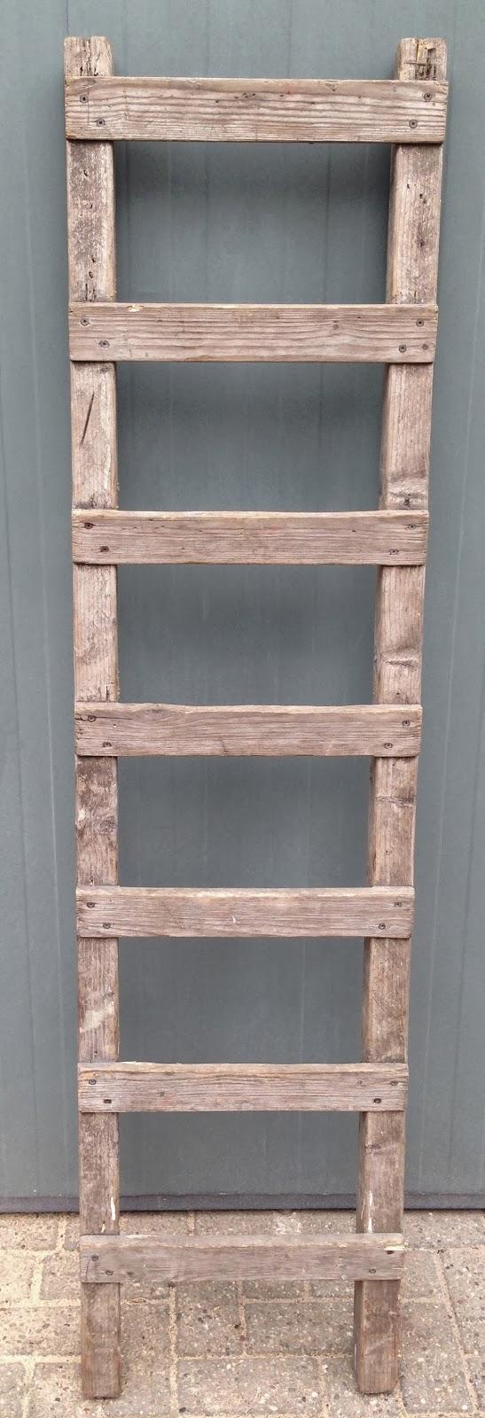 Houten decoratie ladders for Houten schijven decoratie