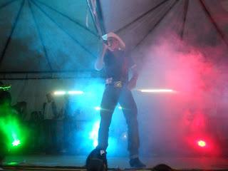 Blog de andreluizichu : REPÓRTER ANDRÉ LUIZ - ICHU - BAHIA - (75) 8122-4970 - DEUS É FIEL - EMAIL: andreluizichu@hotmail.com, Público comparece em massa no primeiro dia da 10ª Festa de Vaqueiros de Mumbuca
