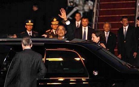 http://dangstars.blogspot.com/2014/06/9-fakta-mobilnya-presiden-amerika.html