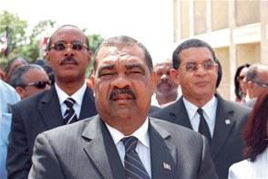 Reenvían juicio contra diputado Espinosa