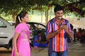Kakathiyudu movie Photos-thumbnail-7