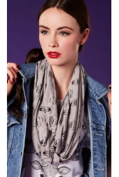 penguin snood 171x255 Snoods, Snake Print & Storms