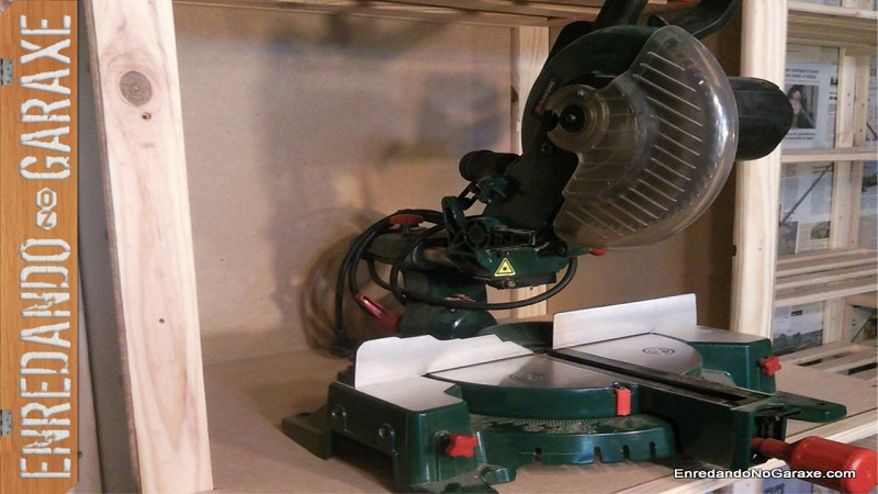 How to make miter saw station with a shelve. Rummageinthegarage