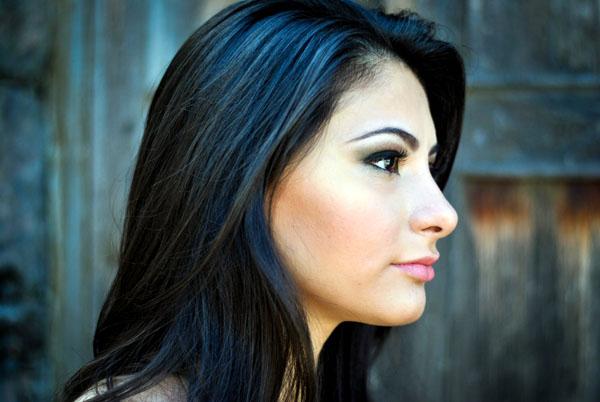 Maquiagem do rosto: contorno e iluminador