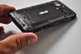 baterai dan tampilan dalam Asus Zenfone 4