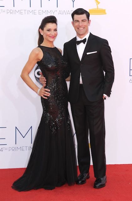 Max Greenfield esmoquin Emmy 2012
