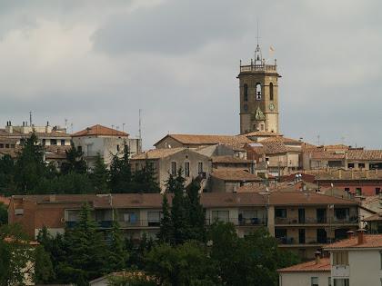 Castellterçol amb el campanar de l'església de Sant Fruitós vist des de sota els Horts de Cal Cul Gros