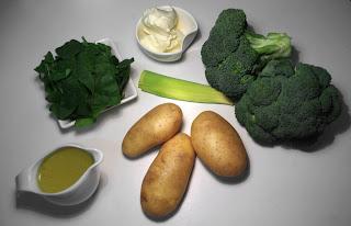 crema de brócoli con espinacas y queso mascarpone - ingredientes