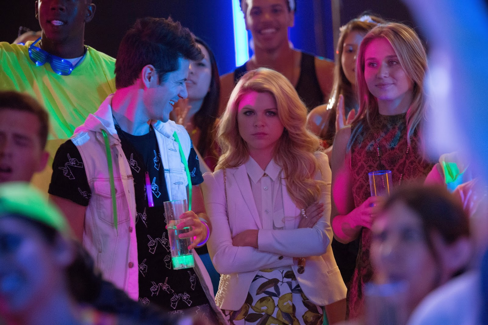 Faking It - Episode 2.06 - Promotional Photos  + 2.07 Synopsis