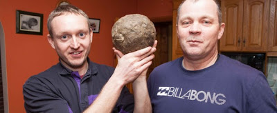 Alan Davey (38) and Brian Miller, both from Co Clare could earn big with a ball of whale vomite (Photo: Star)