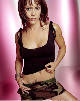 Hollywood Celebrities Photo: Alyssa Milano