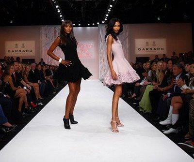 Fashion Show Runway Audience exposed fashion blog: ...
