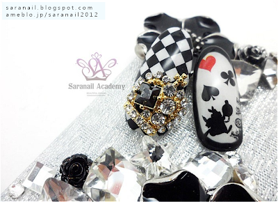 Crown Nail Part, Alice's Adventures in Wonderland nail art!