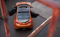 Hyundai Veloster top