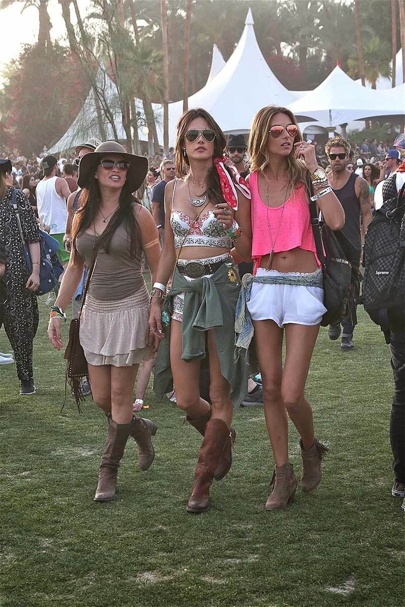 fashion victims bcn how to dress to attend summer festivals. Black Bedroom Furniture Sets. Home Design Ideas