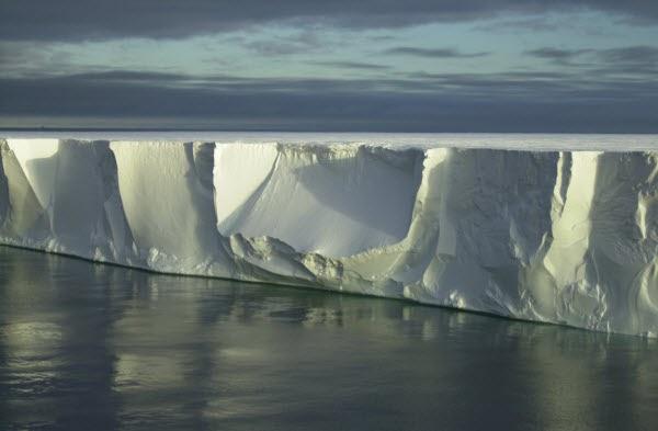 Pencarian Lebih Hampir Dengan Antartika Berbanding Australia