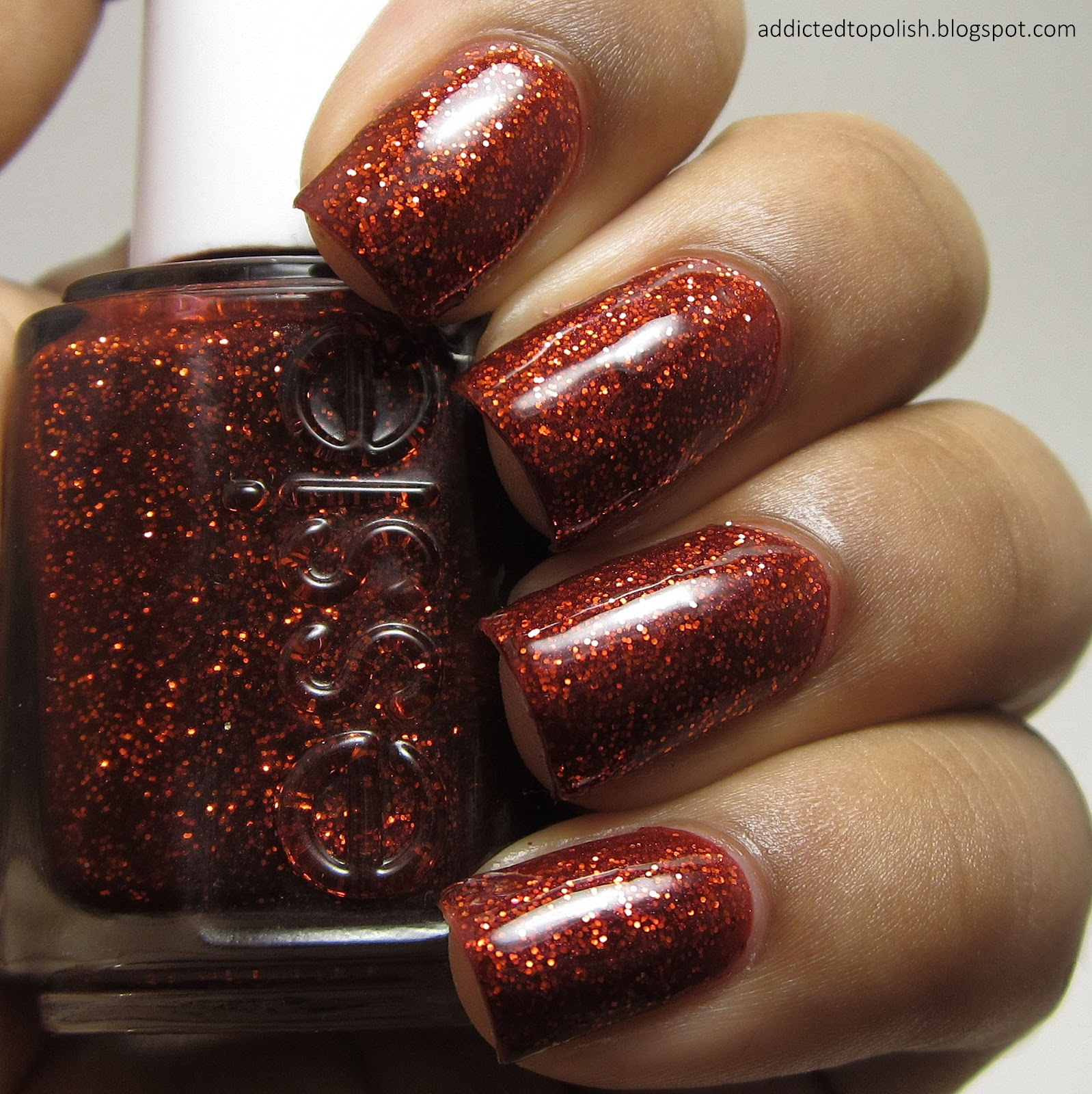 Essie-Ruby-Slipper-Red-Glitter-Nai-Polish