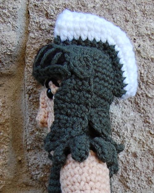 Spartan doll -- free crochet amigurumi pattern