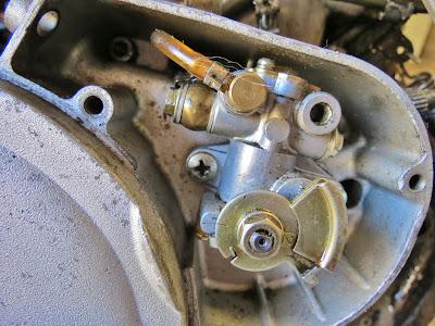 Cagiva Mito 125 oil pump test