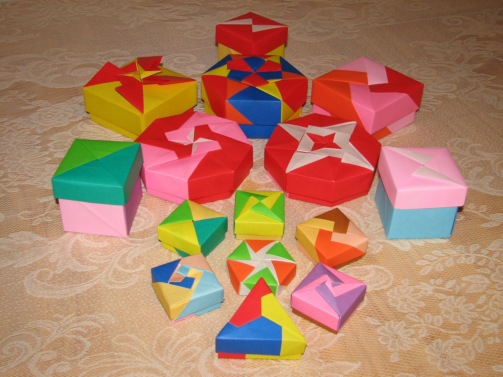 Origami Maniacs Tomoko Fuse Great Artist In The Modern Times Boxes S