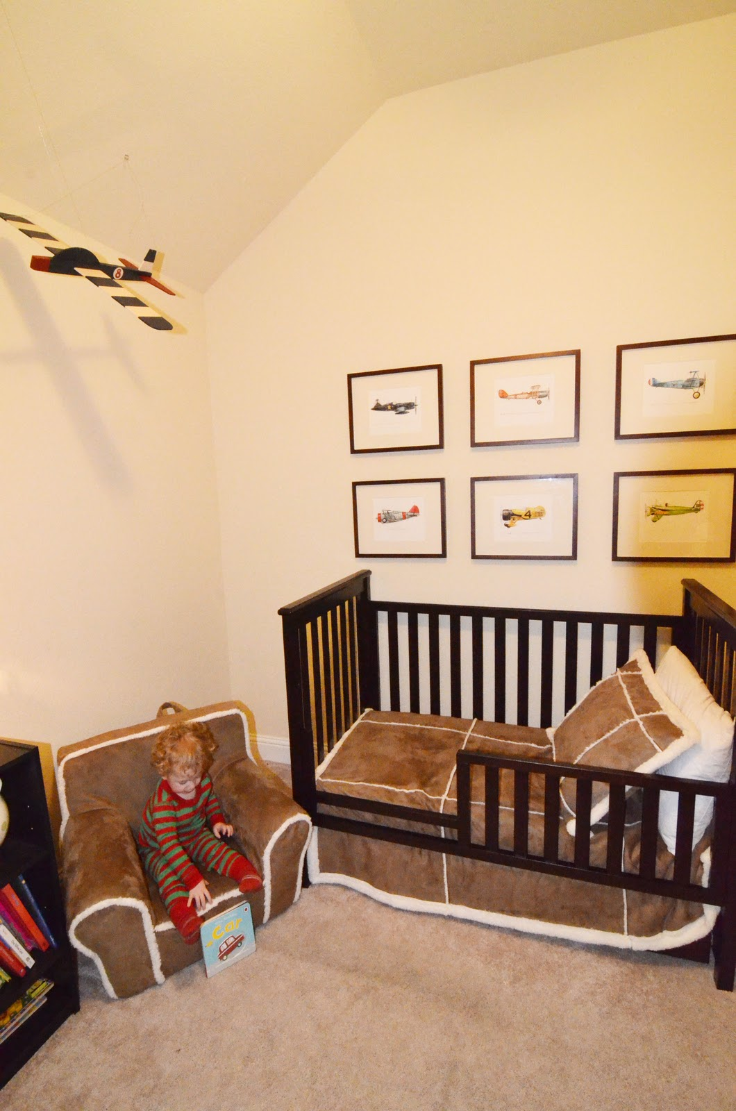 large closet and plane - photo #35