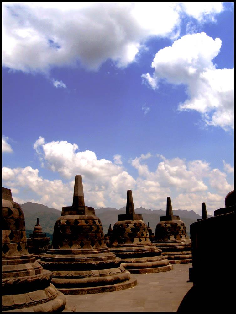 Coretan Bunda untuk Edelwaisy: Candi Borobudur - Magelang, Jawa Tengah ...