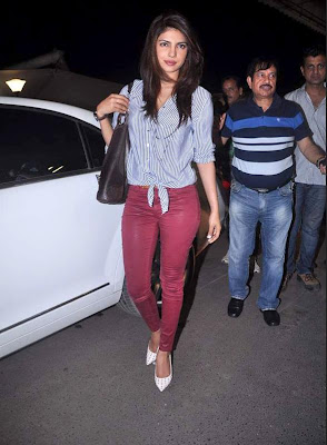 priyanka chopra leaving for iifa awards 2012 singapore actress pics