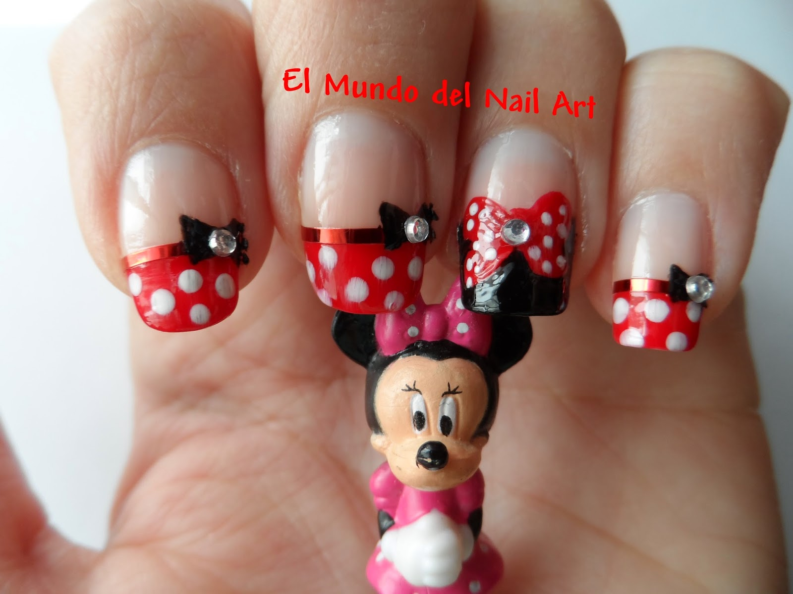 El Mundo del Nail Art: Manicura Minnie Mouse