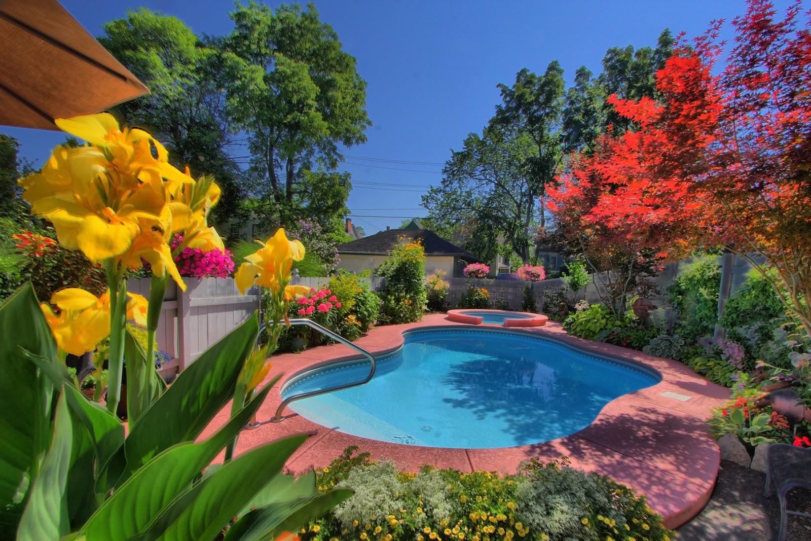 Garden walk buffalo put it on your bucket list for Richmond gardens pool