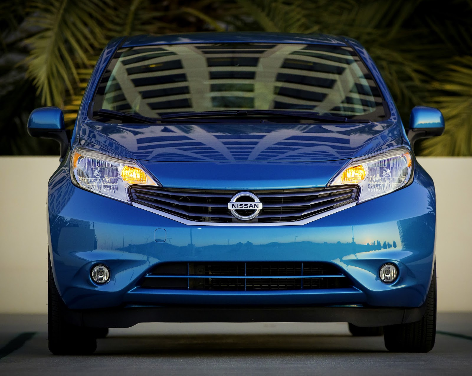 All new 2014 nissan versa note offers energetic styling best level fuel efficiency and smart technology class exclusive around view monitor