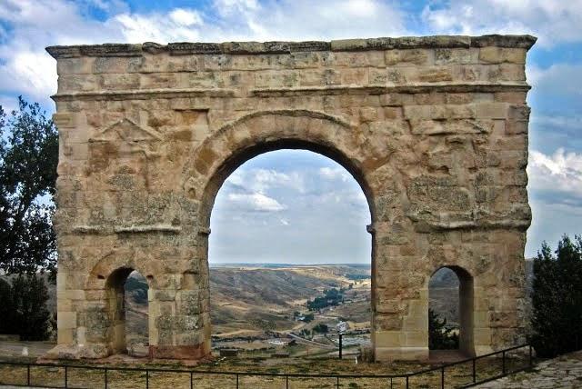 Hispania Romana. Arco de Medinaceli (Soria)