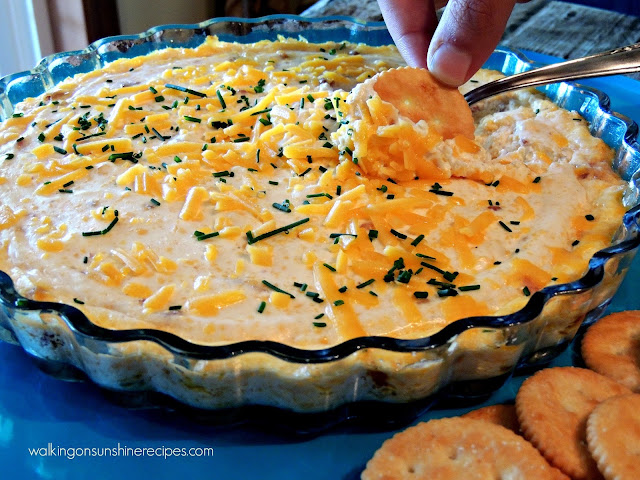 A delicious WARM dip perfect with plenty of bacon and cheese to satisfy your entire family.