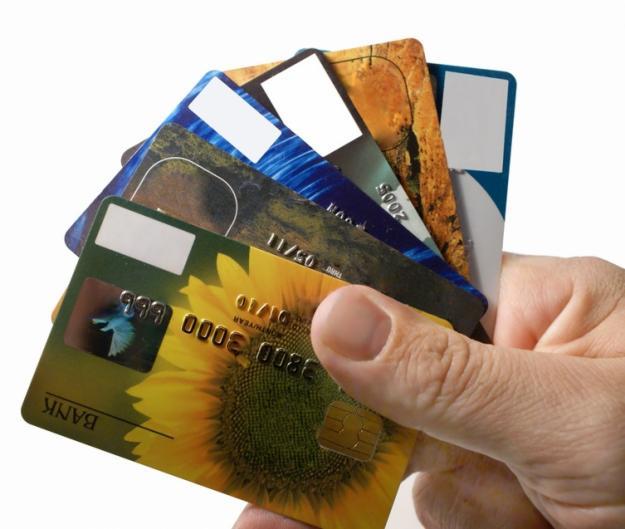 Зачем мошенники скупают дебетовые карты с нулевым балансом?