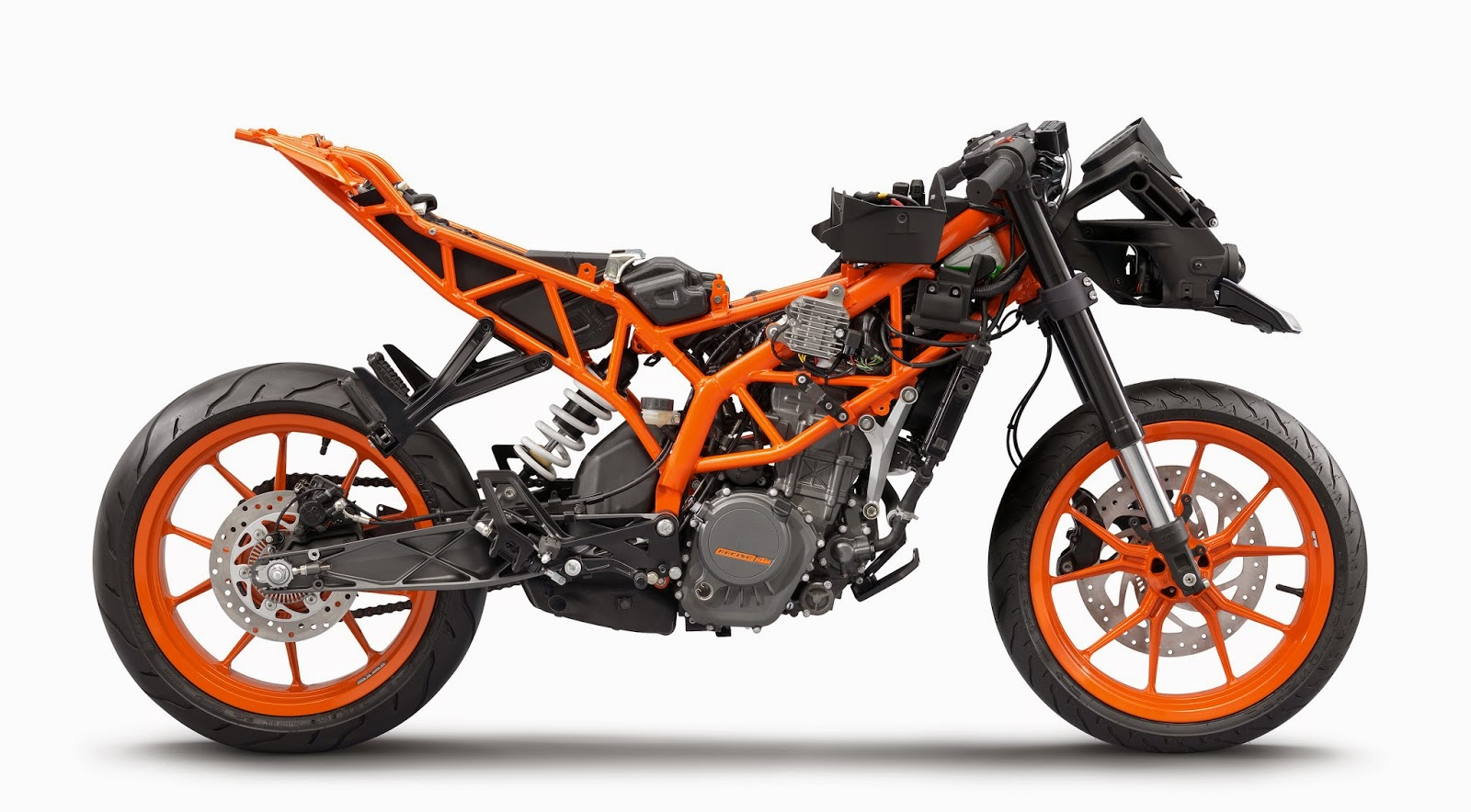 KTM RC200 - Tubular space frame