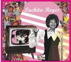 "Lucha Reyes canta ""Regresa"""