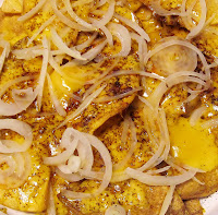 cheese & onion nachos