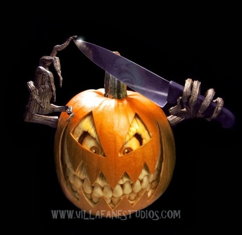 05-Halloween-The-Pumpkins-Villafane-Studios-Ray-Villafane-Sculpting-www-designstack-co