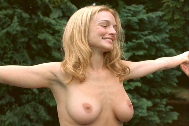 khan nude Zarine