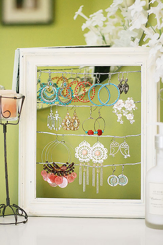 Asian Crafts, Gifts & Decors: Jewelry Display Ideas