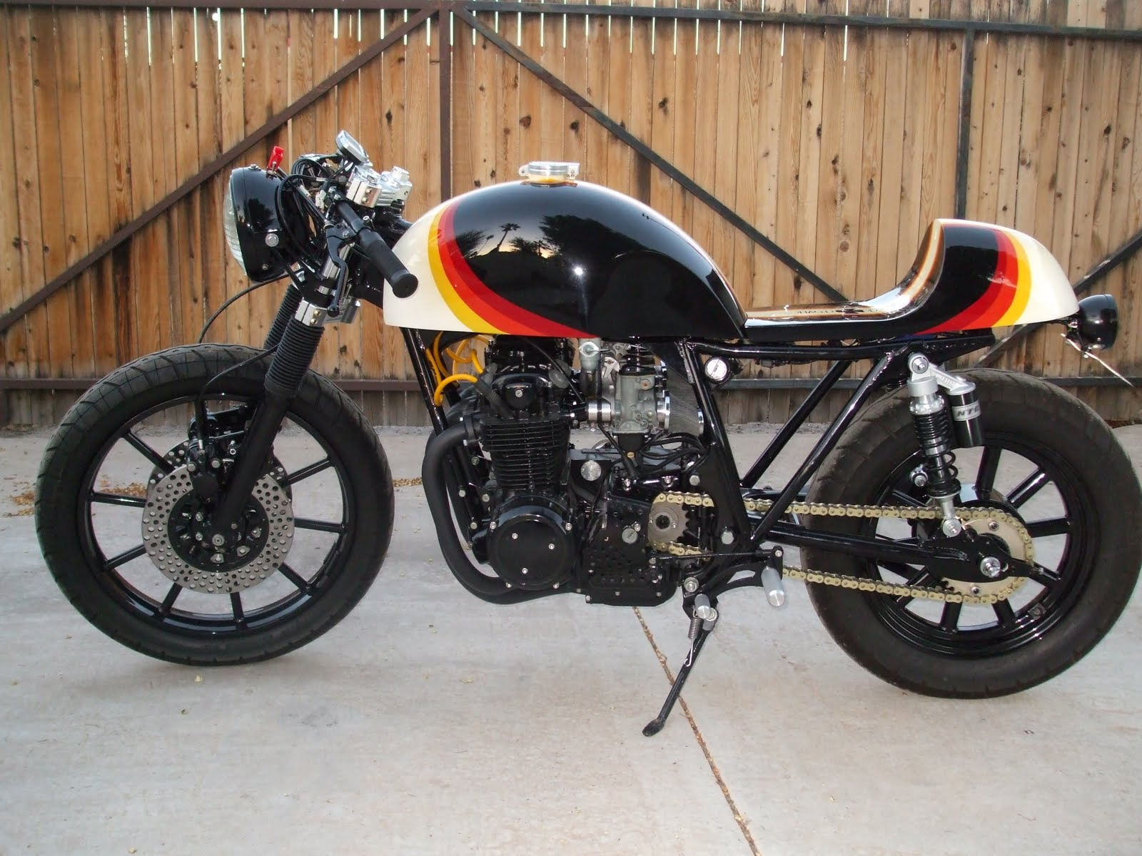 blogthis share to twitter share to facebook labels cafe racer honda title=