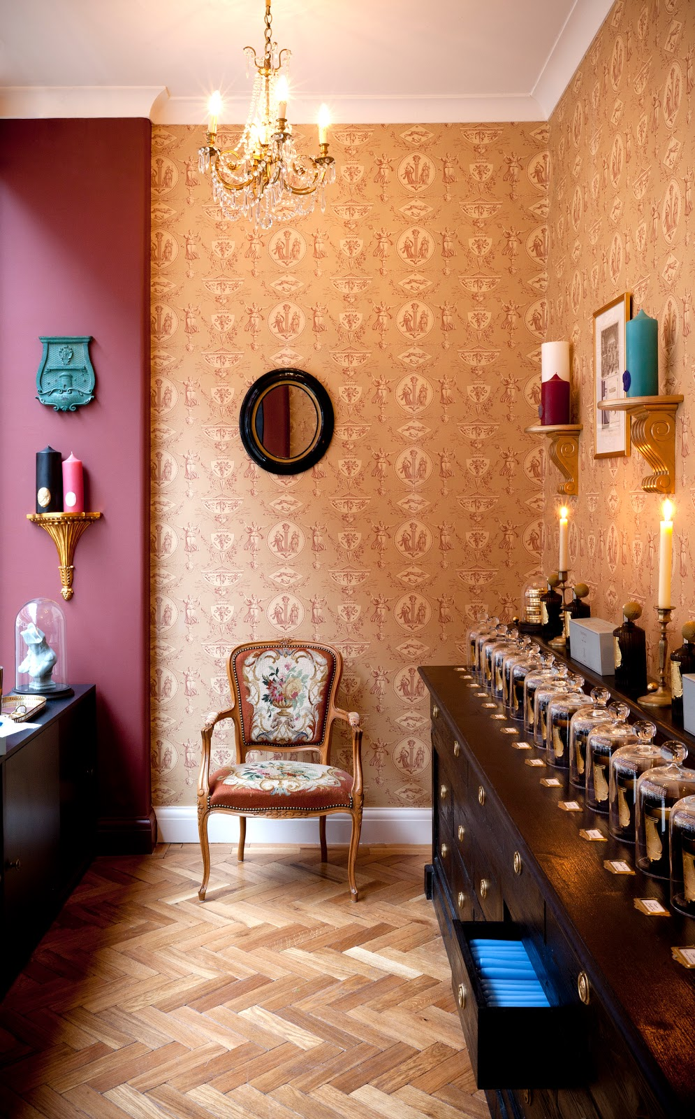 a fragrant arrival in chiltern street cire trudon boutique opening caroline hirons. Black Bedroom Furniture Sets. Home Design Ideas