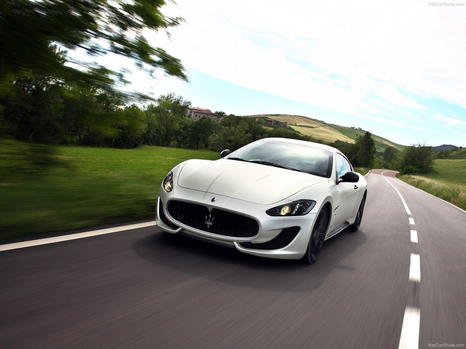 Hình ảnh siêu xe Maserati GranTurismo Sport 2013 & nội ngoại thất