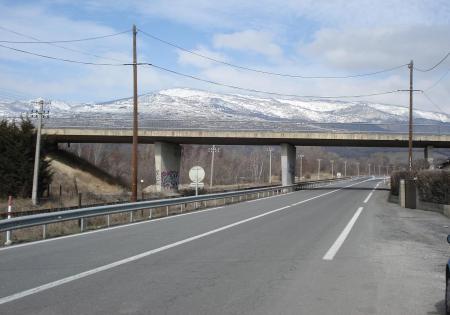 llivia puente stops guerra