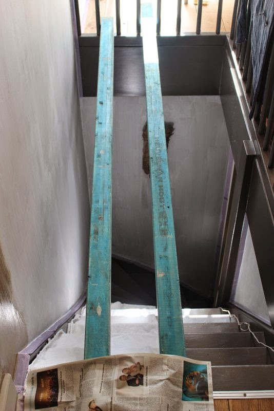 Het moonhuis het trapgat - Schilderen muur trap ...